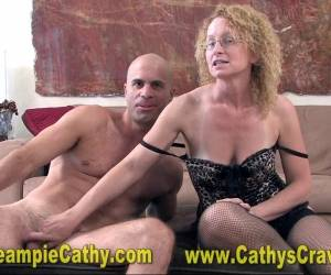Mature Gets A Massive ANAL Creampie