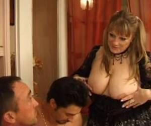 FRENCH MATURE N50 Anal Bbw Mom Threesome Double Penetration