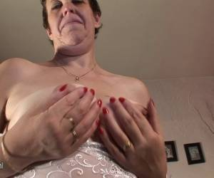 Amateur Granny Plays With Her Wet Drippin Pussy