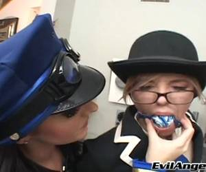 Foxy Lesbian Babe With Bdsm Fetish Pissing After Getting Her Shaved Pussy Licked