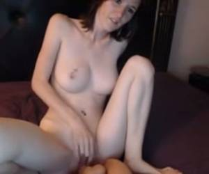Redhead Skinny White Girl Humping A Huge Sex Toy On Webcam