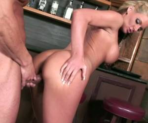 LUST FOR ANAL WITH PHOENIX MARIE Blowjob