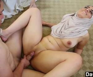 Dagfs - Nadia Ali Exposes Her Indian Pussy