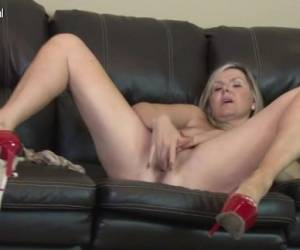 1fuckdatecom Hot British Mature Milf Masturb