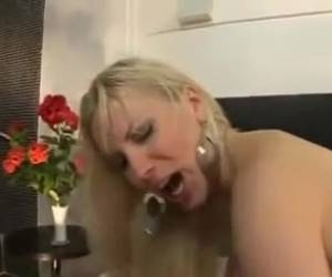 Girl Gets DP From A Chap And A Tranny