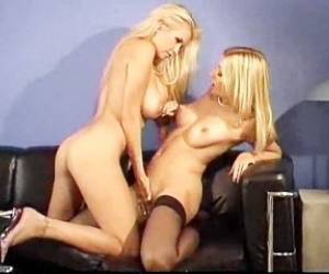Angel Cassidy & Laurie Wallace - Blonde Lesbian Scene