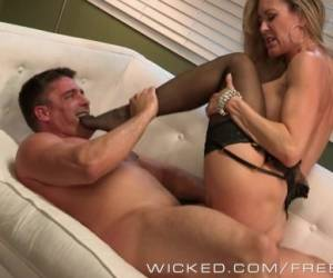 Wicked - Sexy Milf Brandi Love Takes Big Load