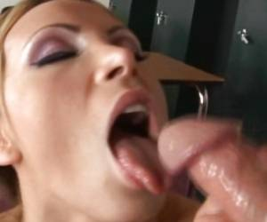 Nikki Benz Shows The World How Her Face Looks After It Gets A Cumshot