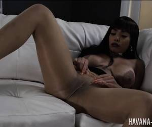 Havana Ginger Sexy In Stockings