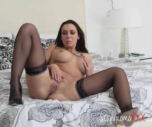 Brunette Hoe Masturbates While Being Watched