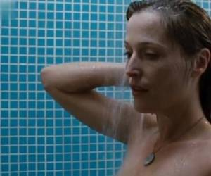 Gillian Anderson In Straightheads (2007)