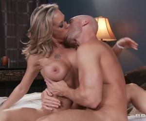 Milfs Like It Big: Milf Diaries. Brandi Love, Johnny Sins