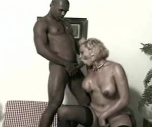 Mature Tranny Gets Her Goods