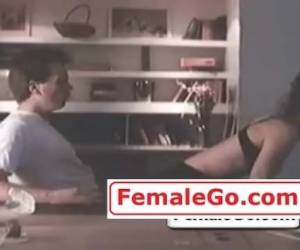 Gillian Anderson And Sandra Bullock Sex Scene