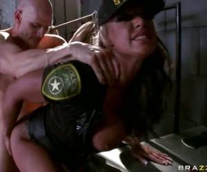Brooke Jameson Police Woman Bang By A Horny Bald Guy