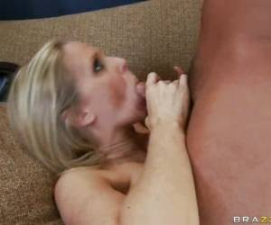 Sizzling Momma Julia Ann Wants Nothing More Than A Hot Cumshot After Fucking