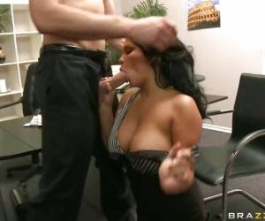 Pornstar Sophia Lomeli Mouthing A Massive Cock With All Her Pleasure