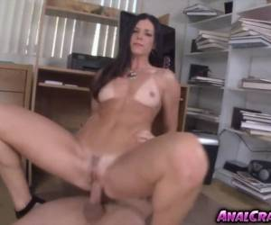 Cutie Chick India Summer Wants To Fuck