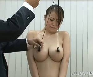 Giddy Japanese Sex Bomb Forced To Swallow Cum After Giving A Blowjob In The Office