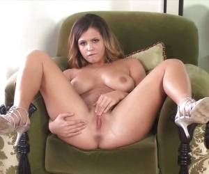 Naughty Girl Keisha Grey Naked And Masturbating Alone