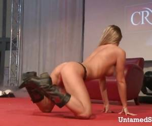 Slutty Stripper Oiling Her Hot Body On The Stage