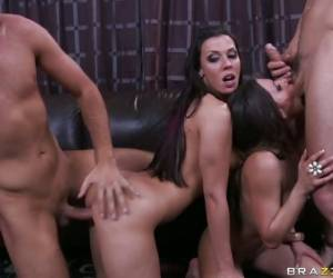Rachel Roxx And Rachel Starr Getting Splunk On Face