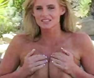 Huge Boobed Phoenix Marie Looks Temptingly Hot Naked By The Pool