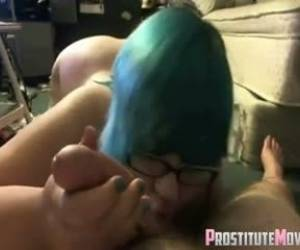 Sexy And Cute Slut Gives Nice Head