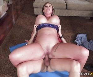 Naughty Eva Notty Craves Extra Spunk Topping From Pizza Guy