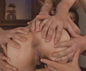 Maomi Nakazawa Gives A Group Mouth Service- More At Slurpjp.com