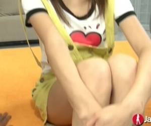 Anal Squirting Japanese Teen - JapanHD