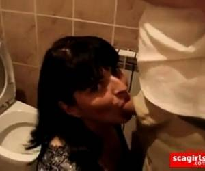 Wife Swallow Cum In The Restaurant Toilet.