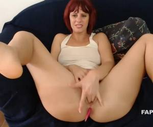 Perfectly Redhead Milf Squirting A Load