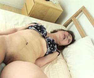 Japanese Gal Likes Having Her Hairy Pussy Toyed