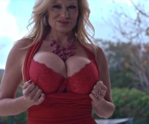 Kelly Madison Takes Off Her Red Outfit For An Outdoor Masturbation
