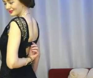 Sexiest Elegant Milf Webcam