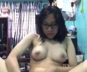 Indonesian Teen Masturbating