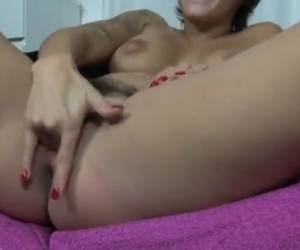Massive Squirt Orgasm By Vic Alouqua