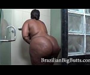 BrazilianBigButts.com Huge Bbw Booty Being Observed In The Bath
