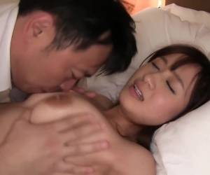 Amazing Vixen Knows How To Ride That Cock