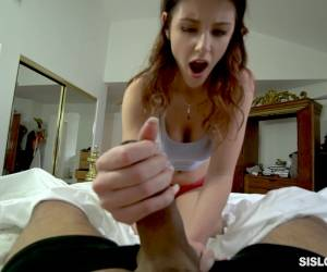 Close Up Handjob, Blowjob And Reverse Cowgirl Ride With Michele James
