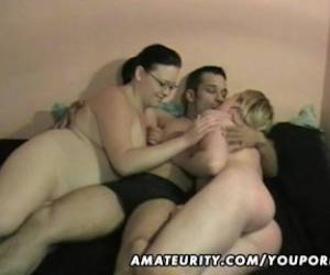 Amateur Homemade Hardcore Threesome Action