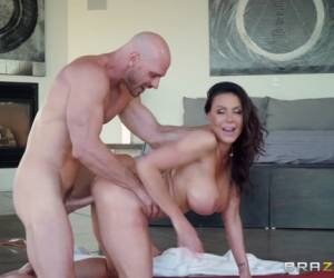 Kendra Lust & Johnny Sins In Nuru Nymph - BRAZZERS