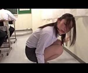 Japanese Beautiful Teacher Be Controlled By Remote Sex Toy - Full: Http://preofery.com/n55