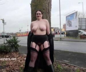 Chubby Amateur Flasher Alyss In Public Masturbation And Outdoor Exhibitionism Of Naughty Bbw Teasing Voyeurs And Punters