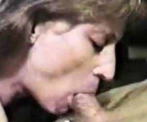 Cute Brunette Amateur Blowjob