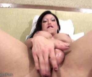 Brunette Shegirl Enjoys Pumping Her Shecock Before Cumshot