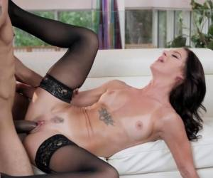 Brunette Babe In Stockings Deepthroating BBC Before
