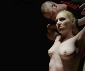 BDSM Interrogation Sex With Delirious Hunter