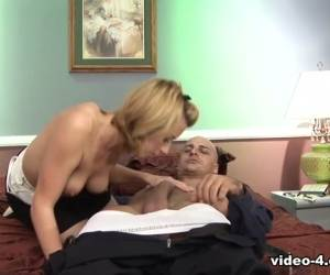 Crazy About Cock Lexi Belle Gets Cum On Face - Upox